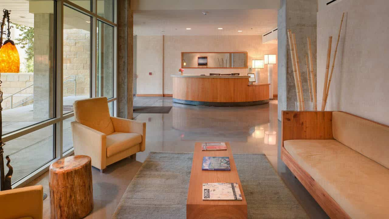 Austin City Lofts - Lobby